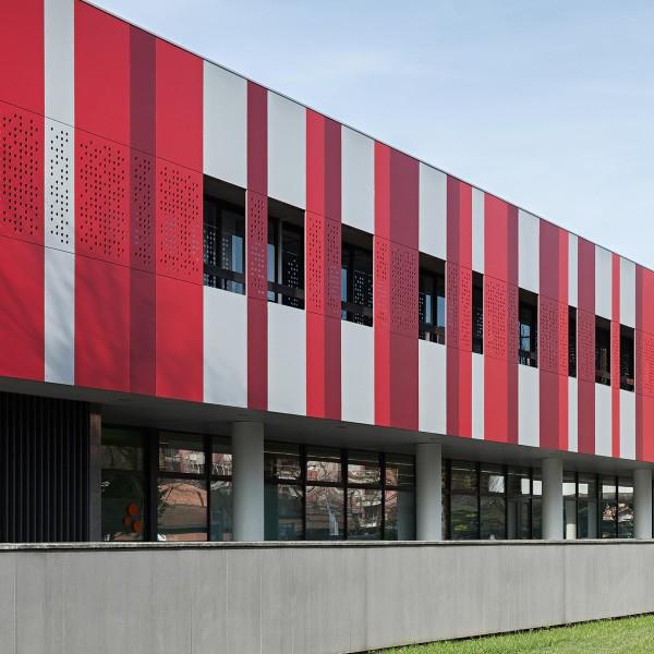 Rivestimento di facciata - Centro Commerciale – Noverasco (MI)