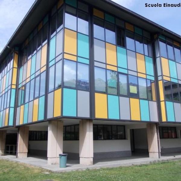 Facciata continua – Scuola Einaudi – Aosta