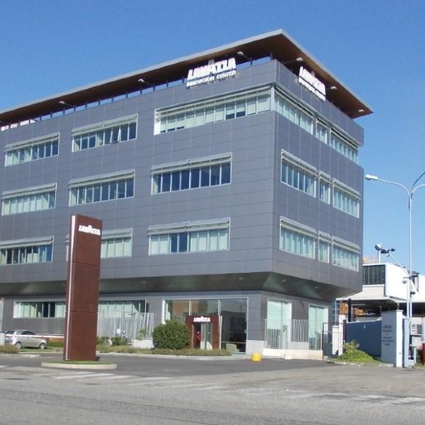 Rivestimento di facciata – Innovation Center Lavazza – Torino